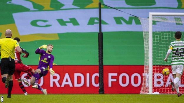 Ilkay Durmus' strike proved to be the winner in a memorable St Mirren display