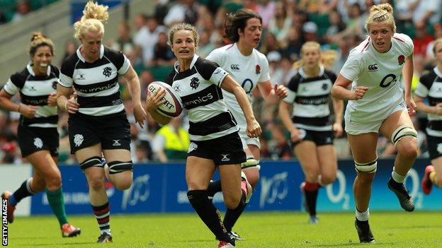 Jasmine Joyce makes a break for Barbarians against England