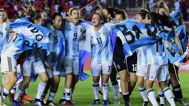Argentina celebrate reaching the World Cup finals