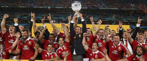 2013 Lions celebrate beating Australia