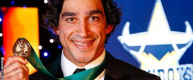 Johnathan Thurston with the 2015 Dally M medal