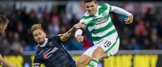 Tom Rogic scores for Celtic against Ross County