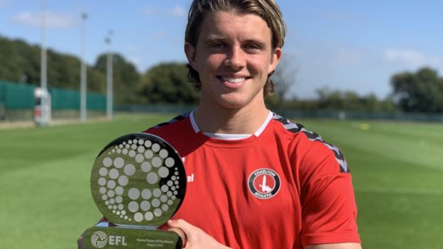 Conor Gallagher: Chelsea youngster on 'idol' Frank Lampard and Charlton Athletic loan