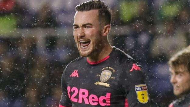 Reading 0-1 Leeds United: Jack Harrison's winner sends Leeds top of the Championship thumbnail