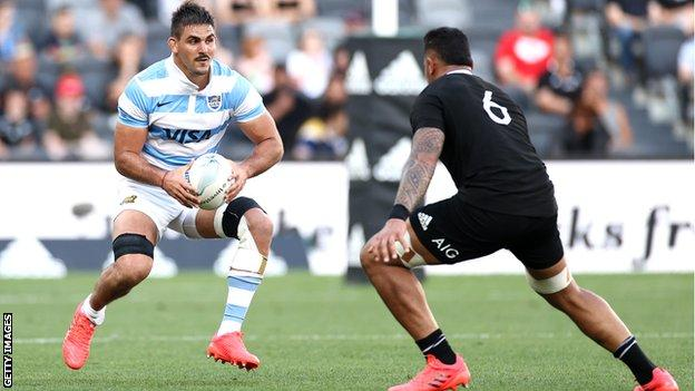 Pablo Matera playing against New Zealand