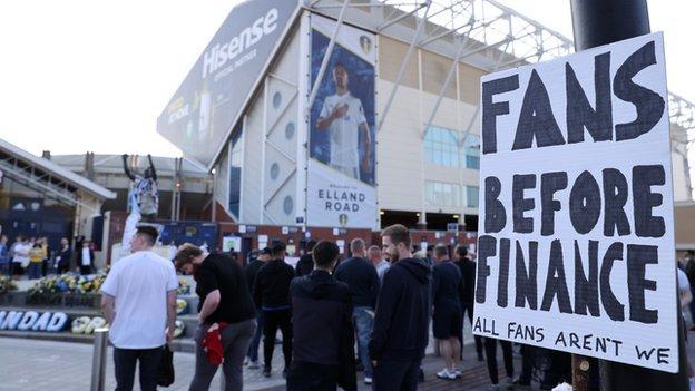 Fans protest against ESL at Elland Road