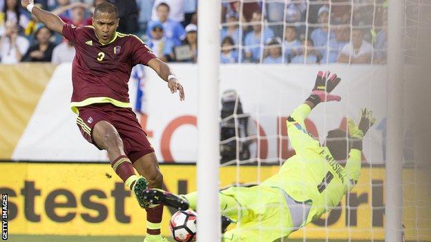 Salomon Rondon goal