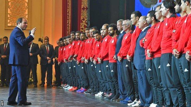 Egyptian President Abdel Fattah al-Sisi honours the Egypt squad after their World Cup qualification
