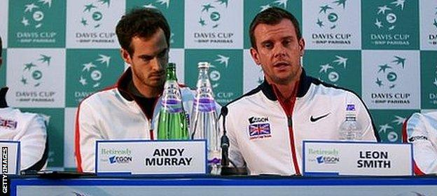 Dom Inglot, Andy Murray, Captain Leon Smith and Jamie Murray