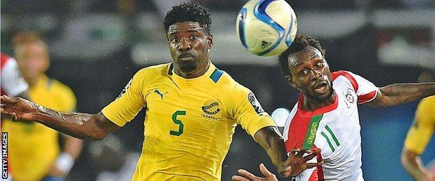 Bruno Ecuele Manga in action for Gabon