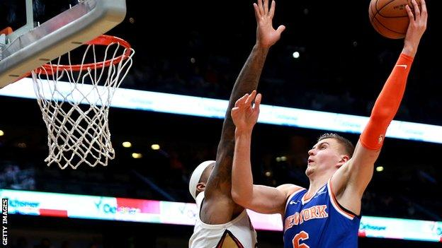 Kristaps Porzingis New York Knicks Man Joins Dallas Mavericks In Deadline Day Shock Bbc Sport