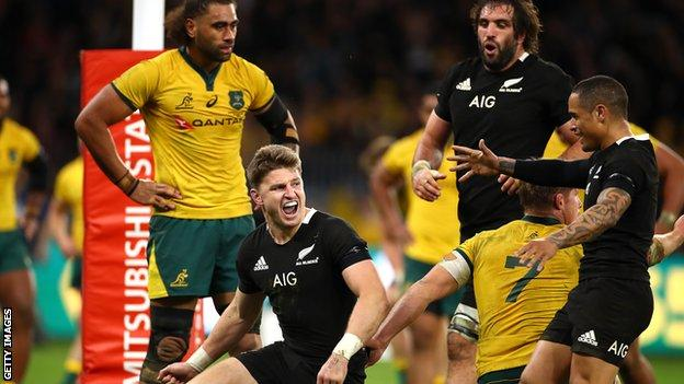 Rugby World Cup New Zealand Pick Beauden Barrett At 15 To Face South Africa Bbc Sport