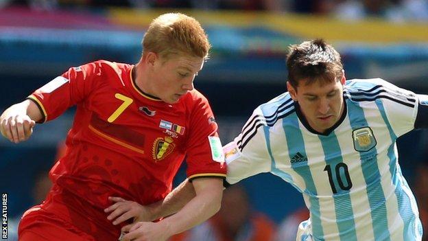 Kevin de Bruyne (left) and Lionel Messi