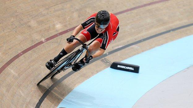 Olivia Podmore competing at the Track Nationals