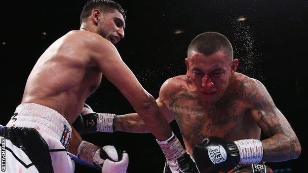 Khan appeared to break Vargas' nose early in the bout