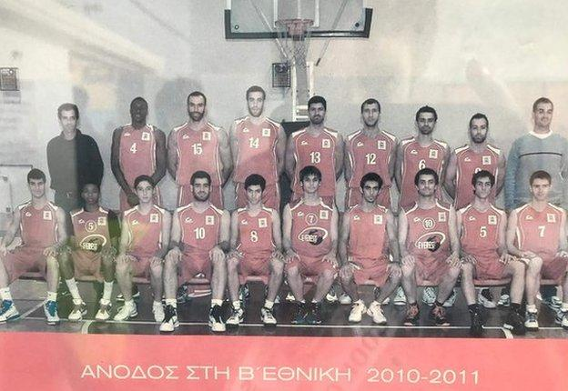 An old Filathitikos team photo shows a young Giannis