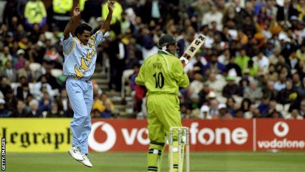 Javagal Srinath of India takes the wicket of Shahid Afridi of Pakistan in the World Cup Super Six match at Old Trafford in Manchester, England.