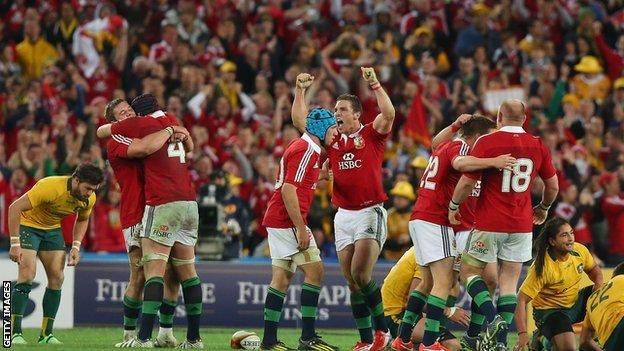 Lions celebrate beating Australia in 2013