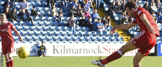 Andrew Considine cracks in the second goal for Aberdeen
