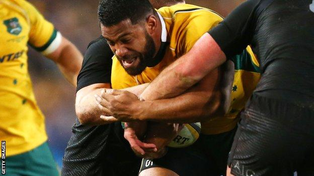 Scott Sio carries into traffic against the All Blacks