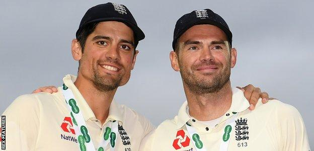 Alastair Cook, left, and James Anderson pose for photos