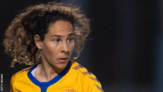 Ingrid Moe Wold se retiró del fútbol en mayo e hizo un total de 27 apariciones con el Everton durante su tiempo en el club.
