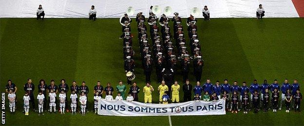 There was a minute's silence before Paris St-Germain's home game with Troyes to remember the victims of the Paris attacks