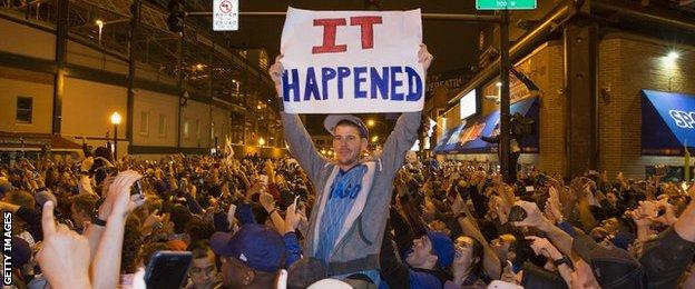 Chicago fans take to the streets to celebrate the Chicago Cubs 8-7 victory over the Cleveland Indians in Cleveland in 10th inning in game seven of the 2016 World Series