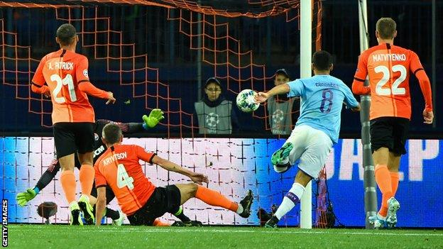 Ilkay Gundogan scores for Manchester City
