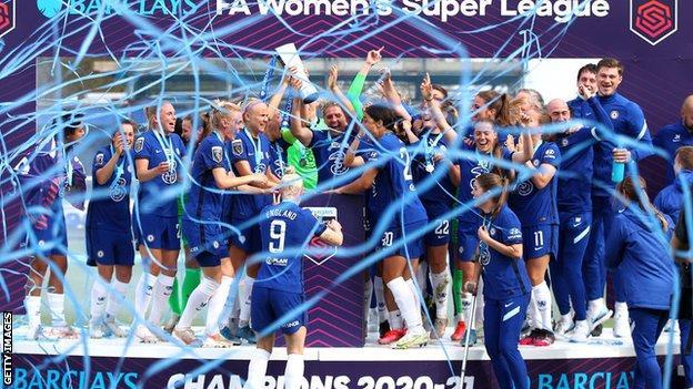 Chelsea celebrate winning the WSL title