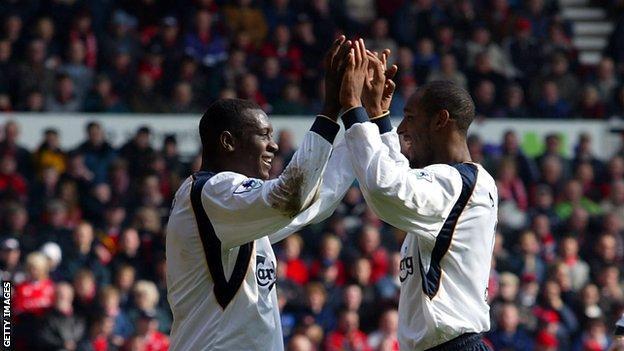 Former Liverpool strikers Emile Heskey (left) and Nicolas Anelka
