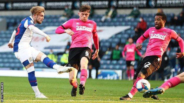 Harvey Elliott scores for Blackburn Rovers