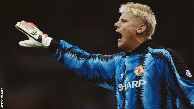 Peter Schmeichel playing for Manchester United in 1991