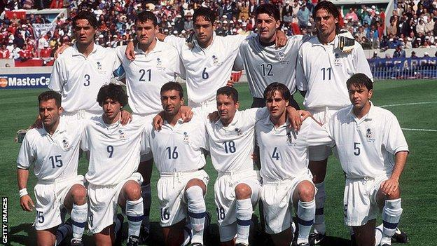 The Italy squad at the 1998 World Cup in France