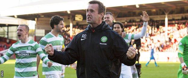Ronny Deila does the 'Ronny Roar' v Aberdeen