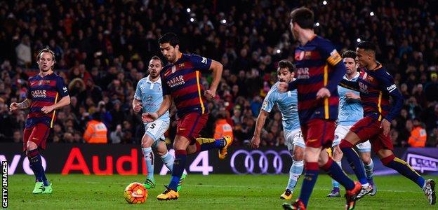 Luis Suarez scores from Lionel Messi's penalty