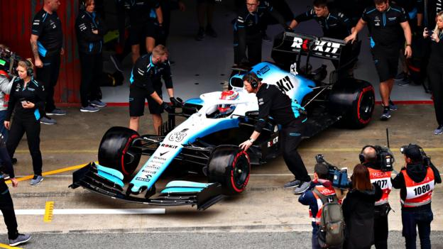 Formula 1 testing 2019: Williams describe delayed start to testing as 'embarrassing' thumbnail