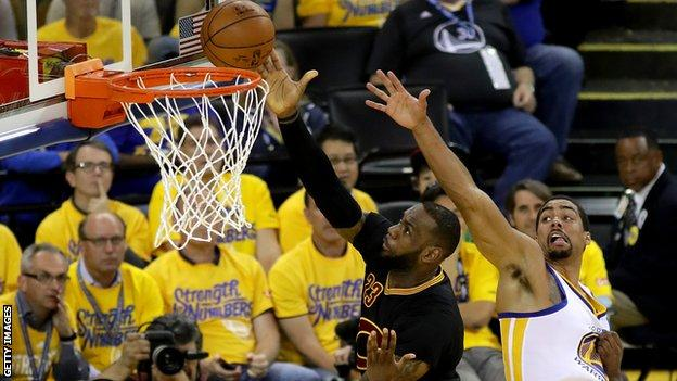 LeBron James scores for Cavaliers