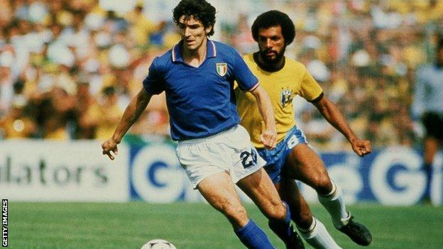 Paolo Rossi playing in the 1982 World Cup for Italy