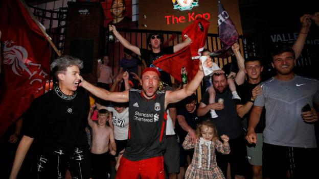 Liverpool win Premier League: How Lawro celebrated as Reds' 30-year wait for top-flight title ends thumbnail