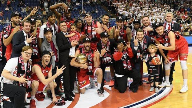 Leicester Riders with the BBL Play-offs trophy