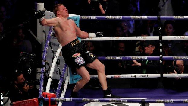 Alexander Povetkin falls in his fight with David Price