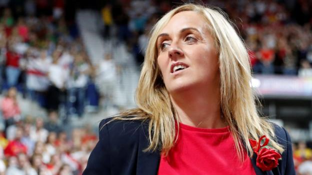 Netball: Tracey Neville had a miscarriage day after England Commonwealth gold thumbnail