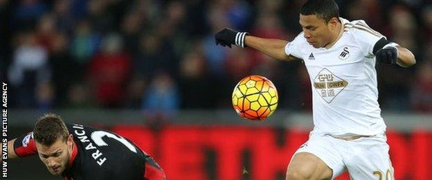 Jefferson Montero in action for Swansea against Bournemouth