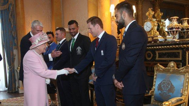 England captain Eoin Morgan meets the Queen