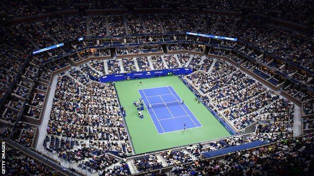 A night match on Arthur Ashe Stadium at the 2021 US Open