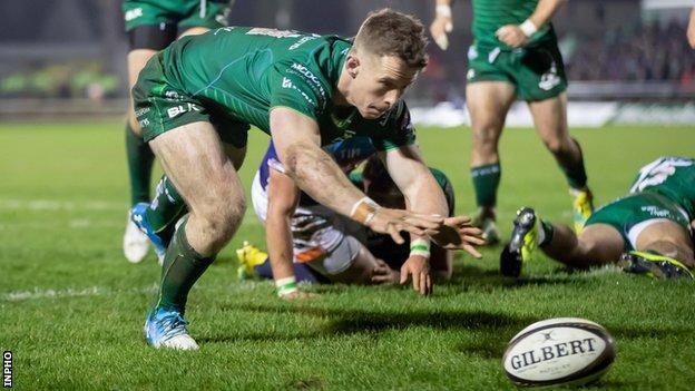 Matt Healy scores Connacht's second try