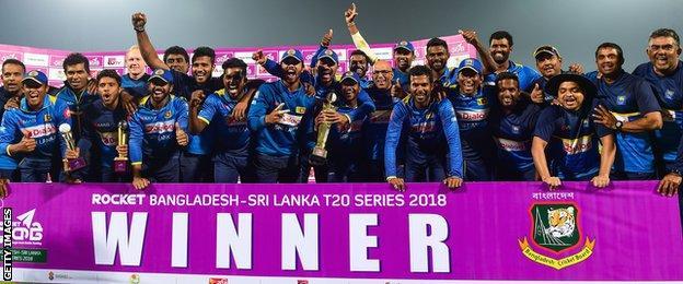 Sri Lanka with the Twenty20 series trophy