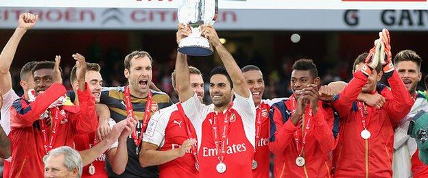 Arsenal win the Emirates Cup