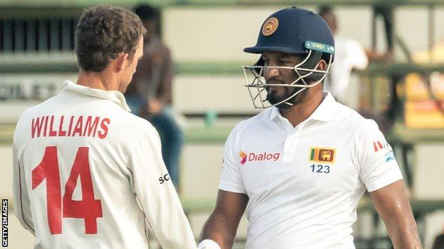 Zimbabwe captain Sean Williams and Sri Lanka skipper Dimuth Karunaratne